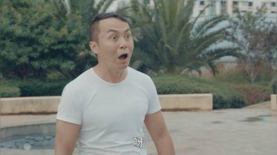 陈翔六点半:男子被打击后,把一招苦练三天就让对手求饶!