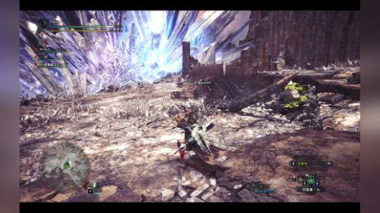 怪物猎人世界PC版滑步弓装备起来把钢龙按在地上摩擦~