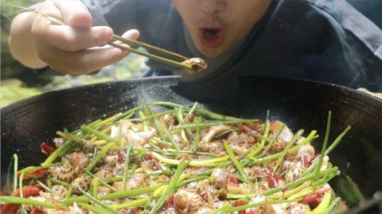 花螺这样吃才叫爽,一人吃一锅,吃了还想吃