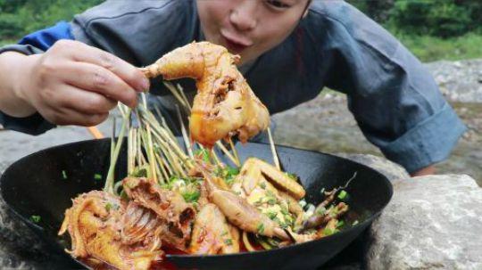四川特色钵钵鸡,好吃到连骨头都不想放过