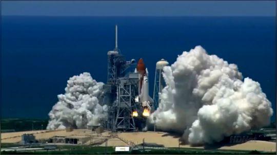 航天飞机最后一次发射,真是壮观