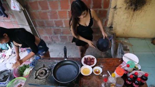 【野炊姐妹】越农姐妹做小菜