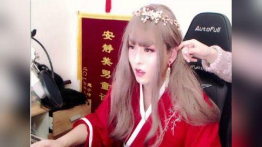 童花花新年女装-古风红裙P3