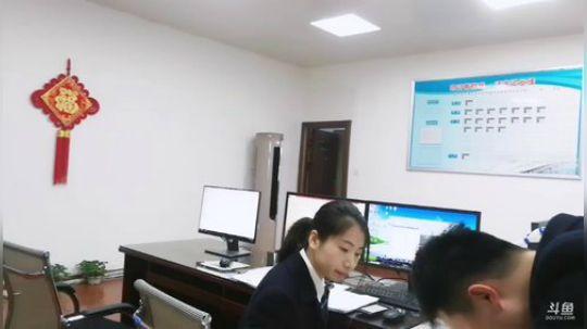 动车夫妻的情人节 2019-02-14 09点场
