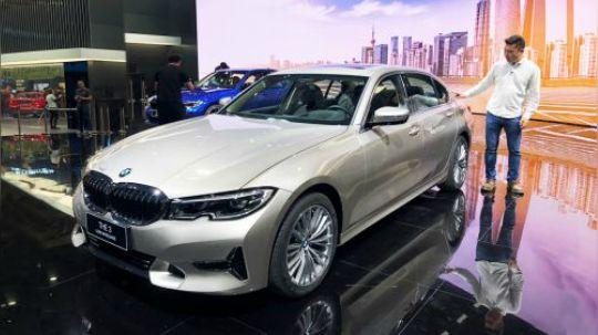 2019上海车展 旭子体验全新BMW 3系