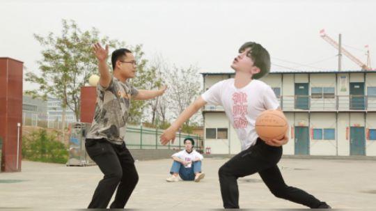 """更胜""""鸡你太美""""的篮球防守技术"""