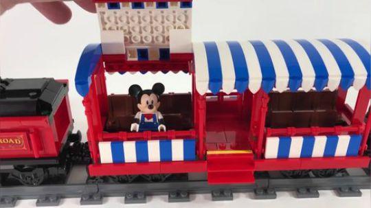 乐高迪士尼火车和火车站 71044 全方位预览
