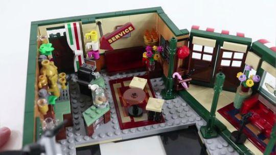 乐高老友记中央公园咖啡馆(21319)开盒预览