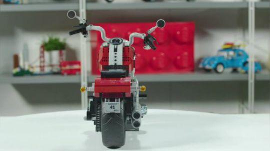 乐高哈雷肥仔 (10269) 设计师视频