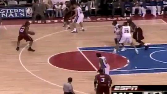 NBA篮球MVP发布了一个斗鱼视频2019-08-26
