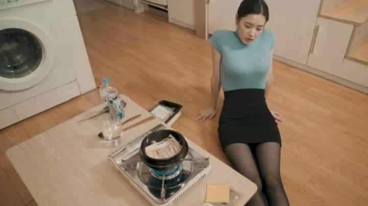 上班族美女姐姐日常美食系列EP.04---奶酪火腿軟豆腐亂燉
